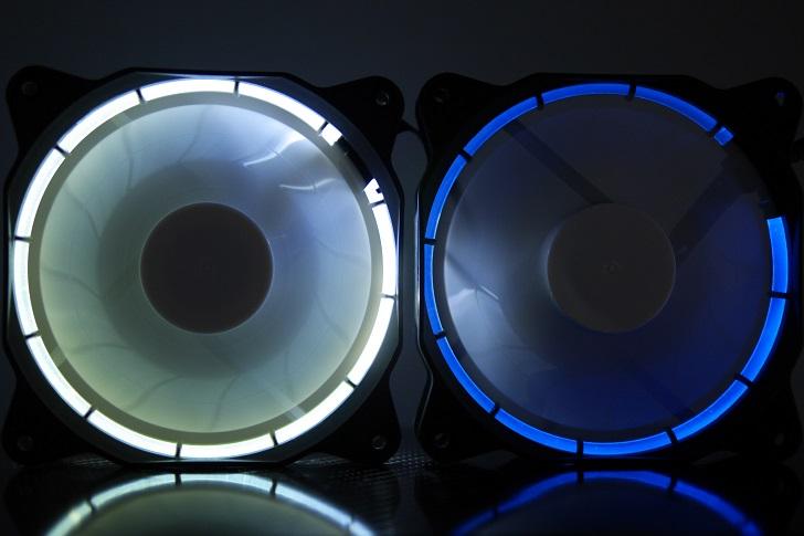 EasyDiy PCケースファンを光らせる、青、その1