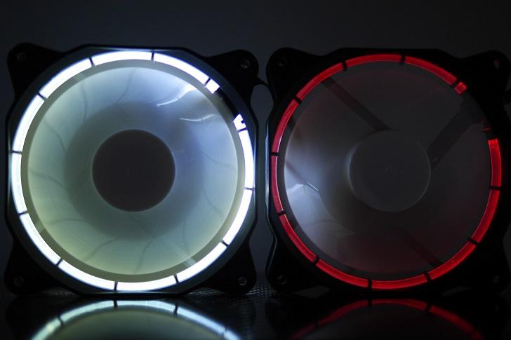 EasyDiy PCケースファンを光らせる、赤、その1