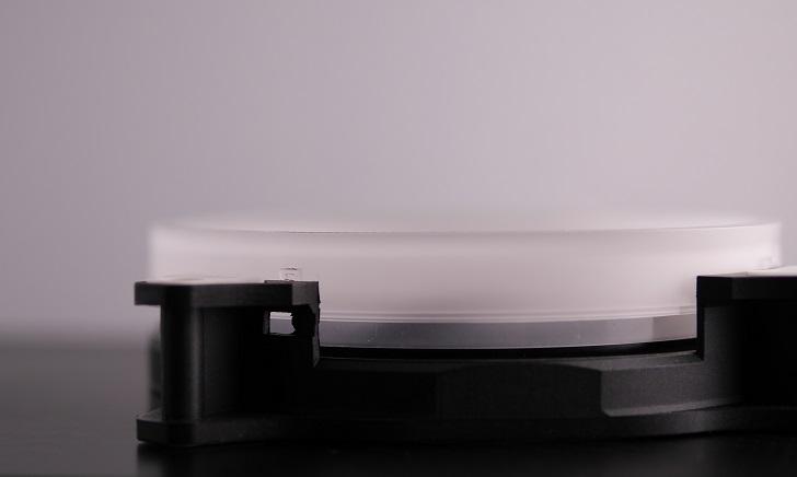 AMZtronics 12cm RGBカラーファンのリングは外す、その1