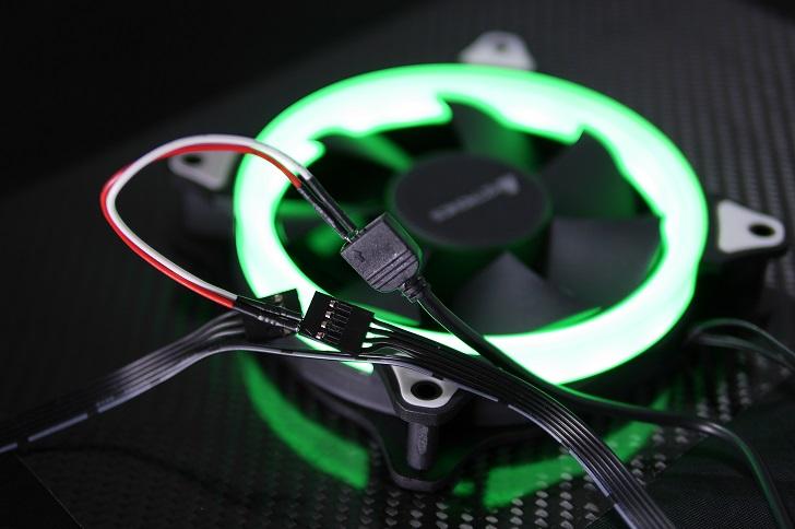 AMZtronics 12cm RGBカラーファン、緑