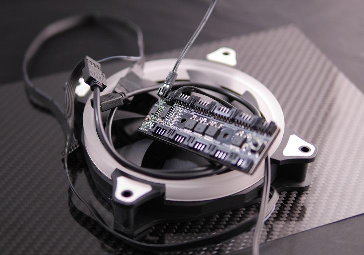 AMZtronics 12cm RGBカラーファンにRGB LED追加、その2