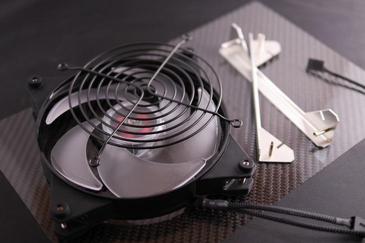 汐見Fan固定パネル加工の用意、その1