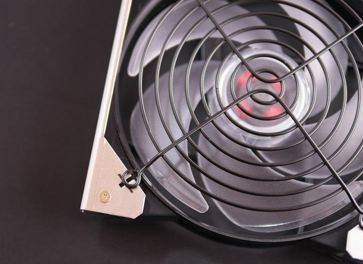汐見Fan固定パネルの加工、その1