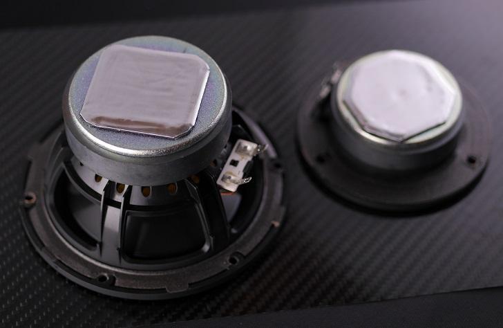 ヤマハNS-BP200のスピーカーユニットに制振材を貼る
