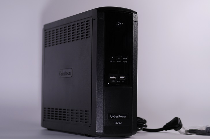 CyberPower Backup CR CPJ1200!