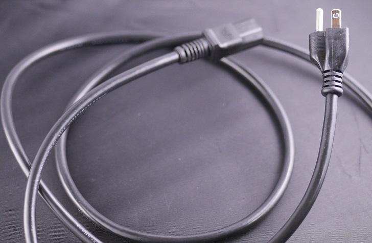 KOJO 3極 電源ケーブル Medusa / 2m 本体、その1