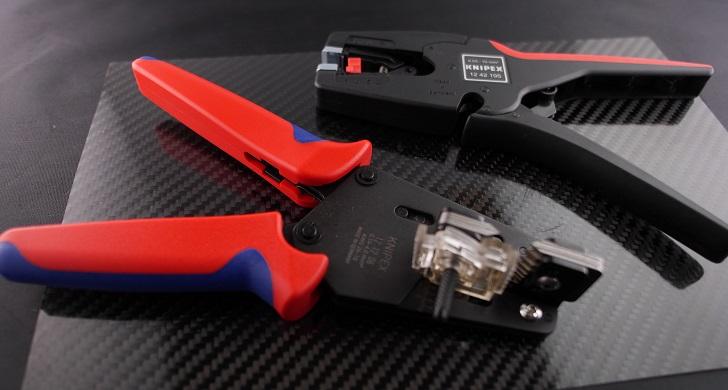 KNIPEX 1212-06とオートマチックワイヤーストリッパー1242-195