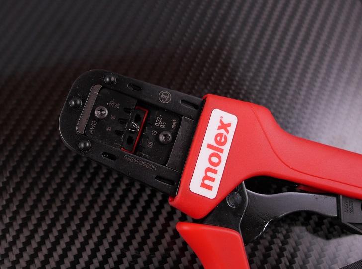 Molex 圧着工具 63819-0900で5556T3を圧着