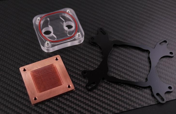 CPU水冷ブロック本体を分解、その1