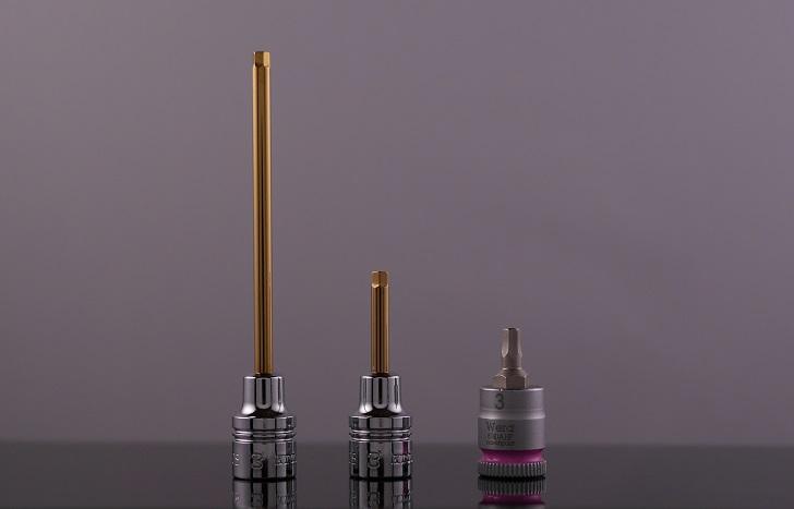 nepros 1/4SQヘックスソケット3mmとWERA 1/4SQホールディングファンクションHEXソケット3mmを比較、その1
