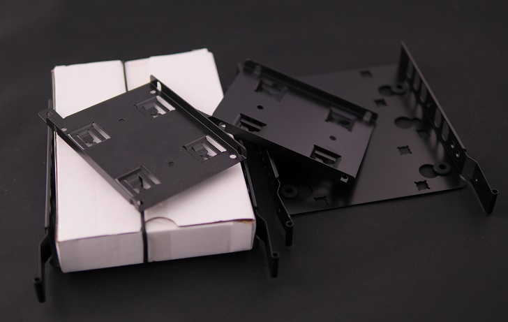 Lian-Li O11 Dynamic付属品、その1