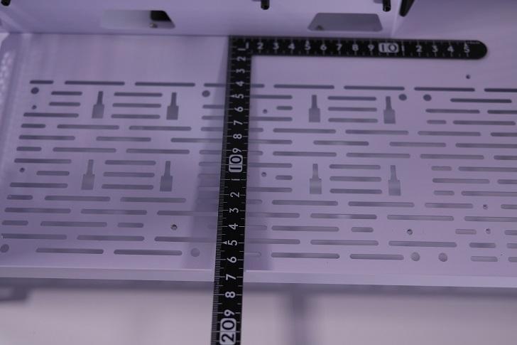 Lian-Li O11 Dynamic内部サイズ、その1