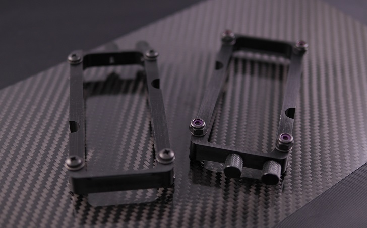 Mnpctech Small Vertical GPU Mounting Bracket本体、その1