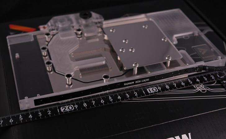 BARROW BS-MSG1080-PA GPU 水冷ブロックサイズ、その1