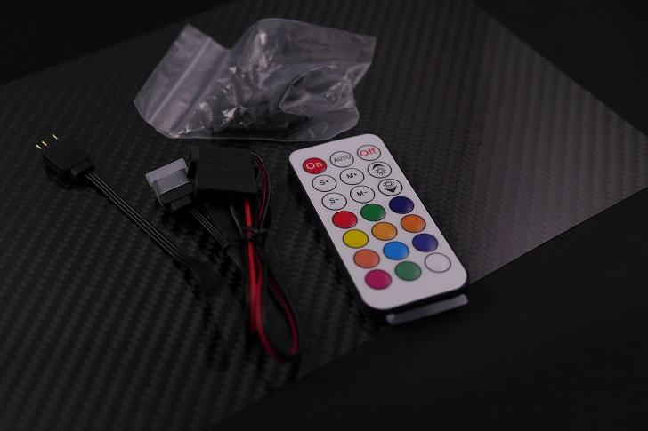 EASYDIY RGB LEDファンフレーム 120mmファン用 コントローラ付き開封、その3