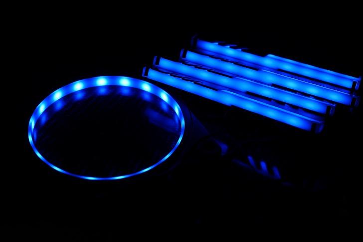 EASYDIY RGB LEDファンフレーム 120mmファン用を光らせる、その3