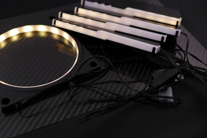EASYDIY RGB LEDファンフレーム 120mmファン用を光らせる、その7