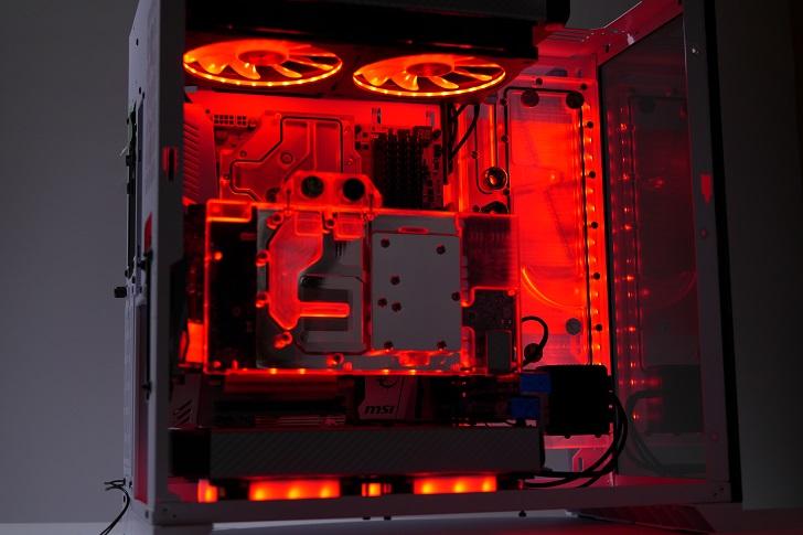 LIAN LI O11 Dynamicを使った水冷パソコンを光らせる、その6