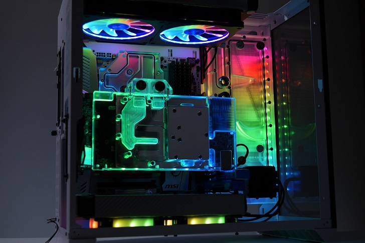 LIAN LI O11 Dynamicを使った水冷パソコンを光らせる、その9
