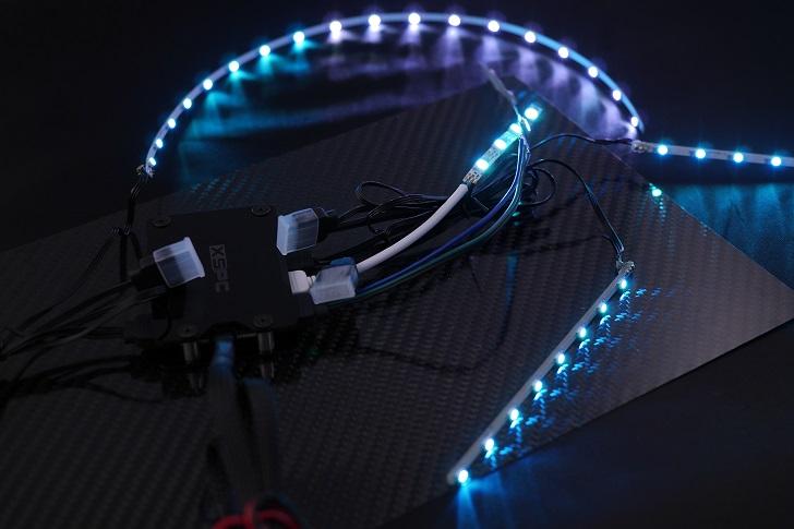 EasydiyRGB LEDファンフレームとメモリヒートシンク分解後、光らせる