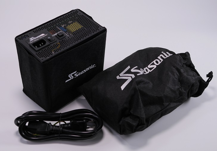 Seasonic FOCUS PLUS SSR-650PX開封、その5