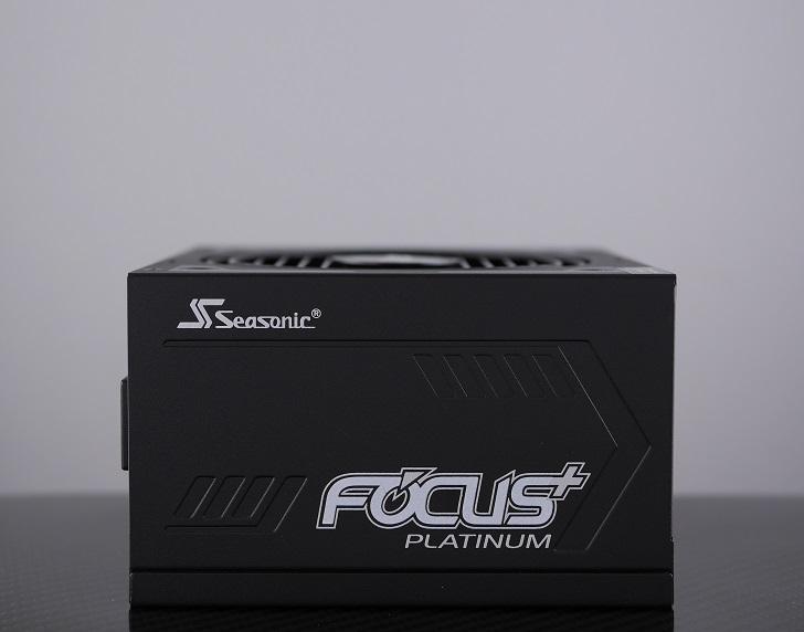 Seasonic FOCUS PLUS SSR-650PX本体、その3