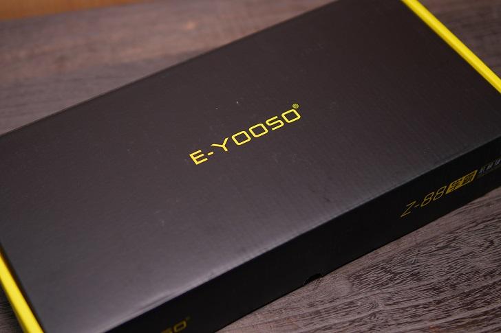 e元素メカニカル式ゲーミングキーボード(白)
