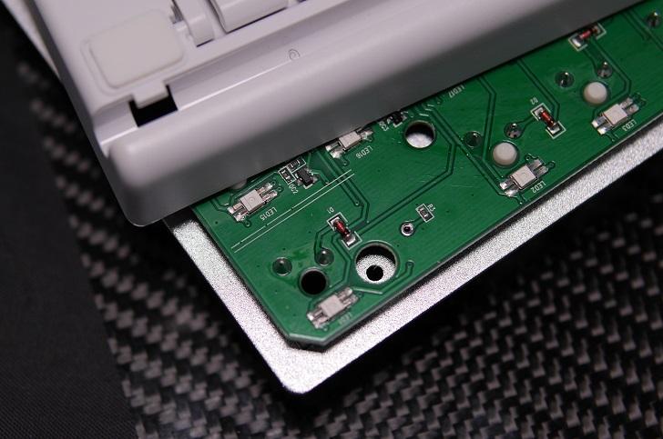 e元素メカニカル式ゲーミングキーボード基板