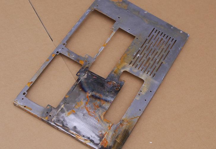 LIAN LI O11 Dynamicのパネル、錆びちゃった?その2