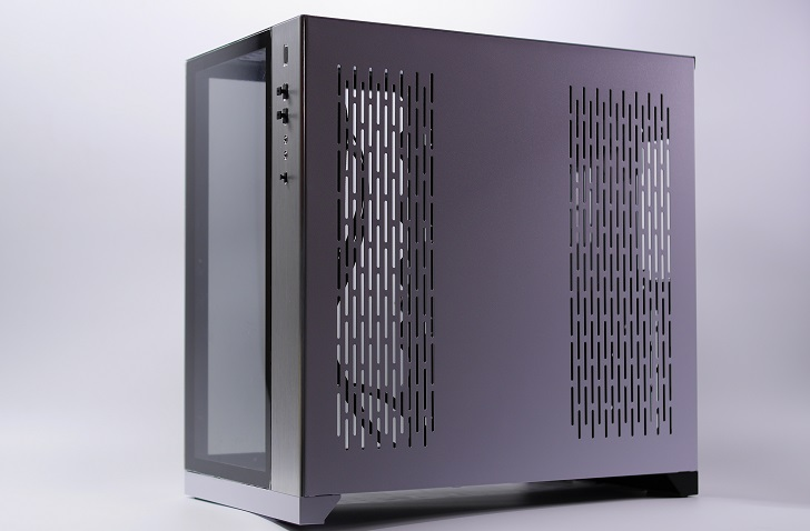 LIAN LI O11 Dynamic白黒バージョン、その1