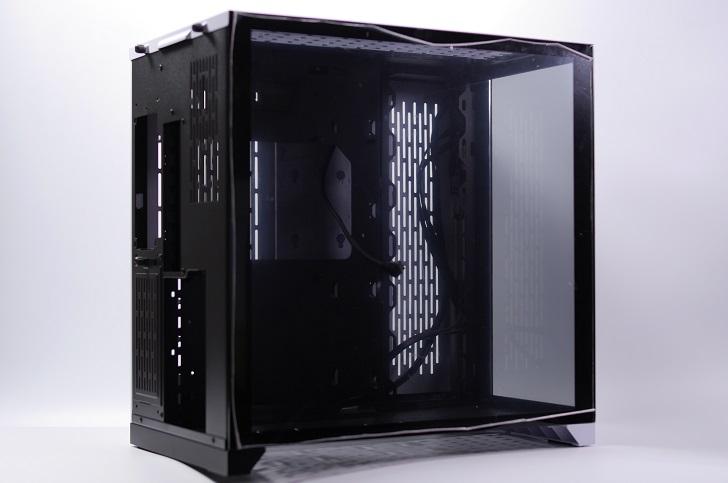 LIAN LI O11 Dynamic白黒バージョン、その2