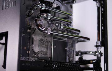 水冷PC、中だけ完成!
