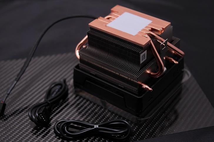 AMD Ryzen 7 3700X付属CPUクーラー、その1