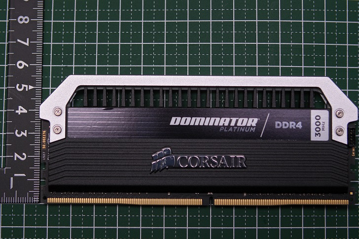 CORSAIR Dominator Platinum高さ