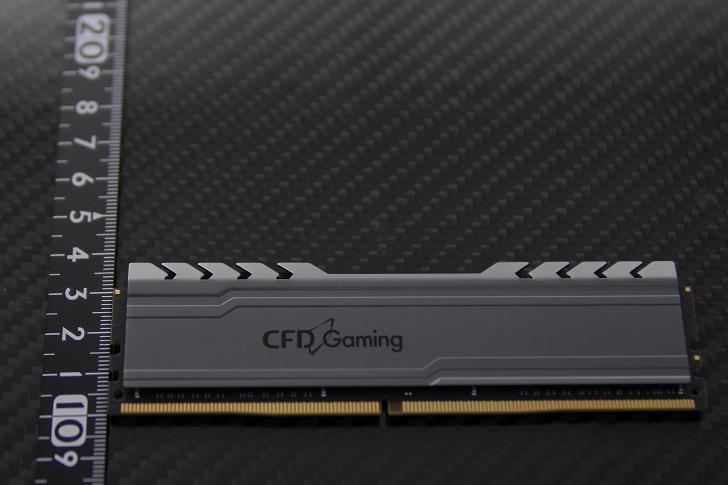 CFD W4U2666CX1-16Gの高さ