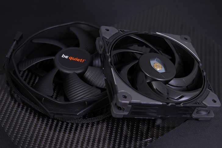 COOLER MASTER MasterFan SF120Mとbe quiet!SILENT WINGS 3 140mm PWM High-Speed