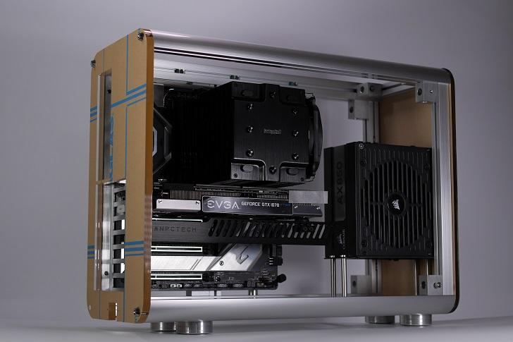 自作PCケースに前後パネル取り付け、その2