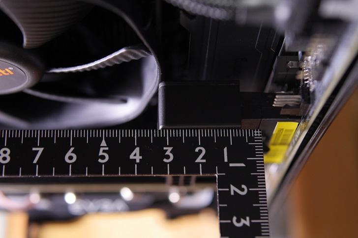 Cooler Master ATX 24PIN 90度 Adapter 90度変換アダプタのサイズ